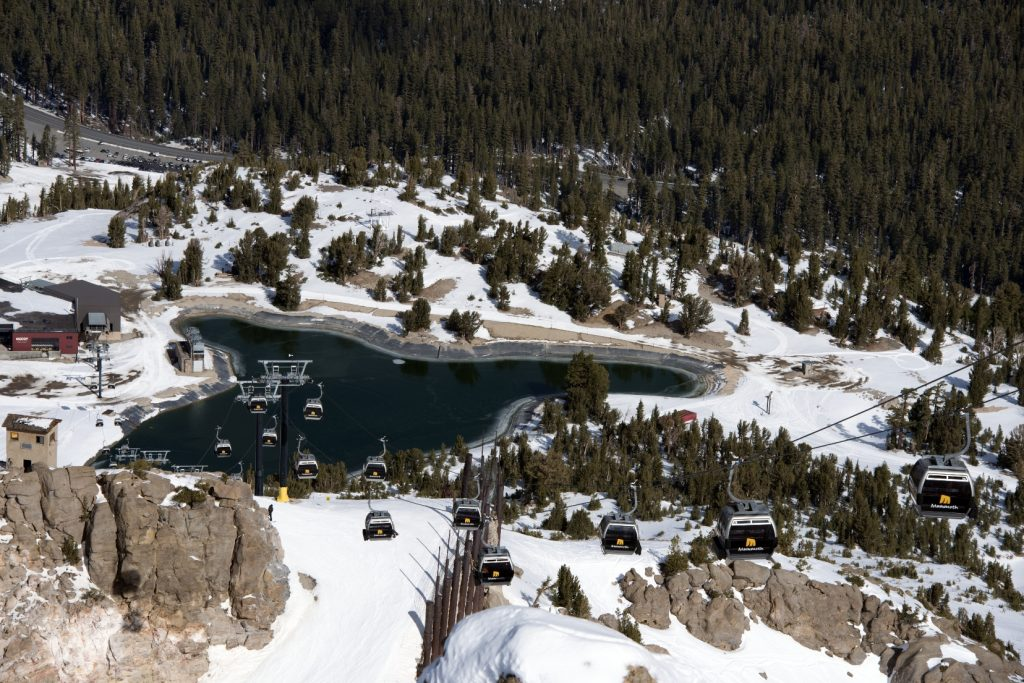 Ski resort em Mammoth Lakes, California