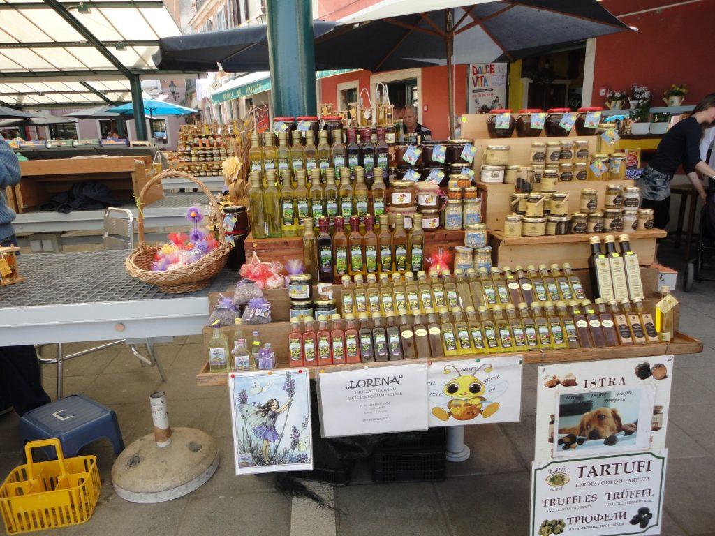 Trufas e outras iguarias no mercado