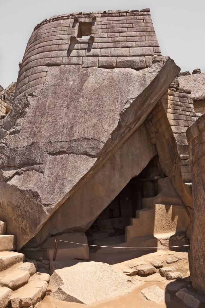 Mausoléu dos nobres, abaixo do Templo do Sol (divulgação internet)