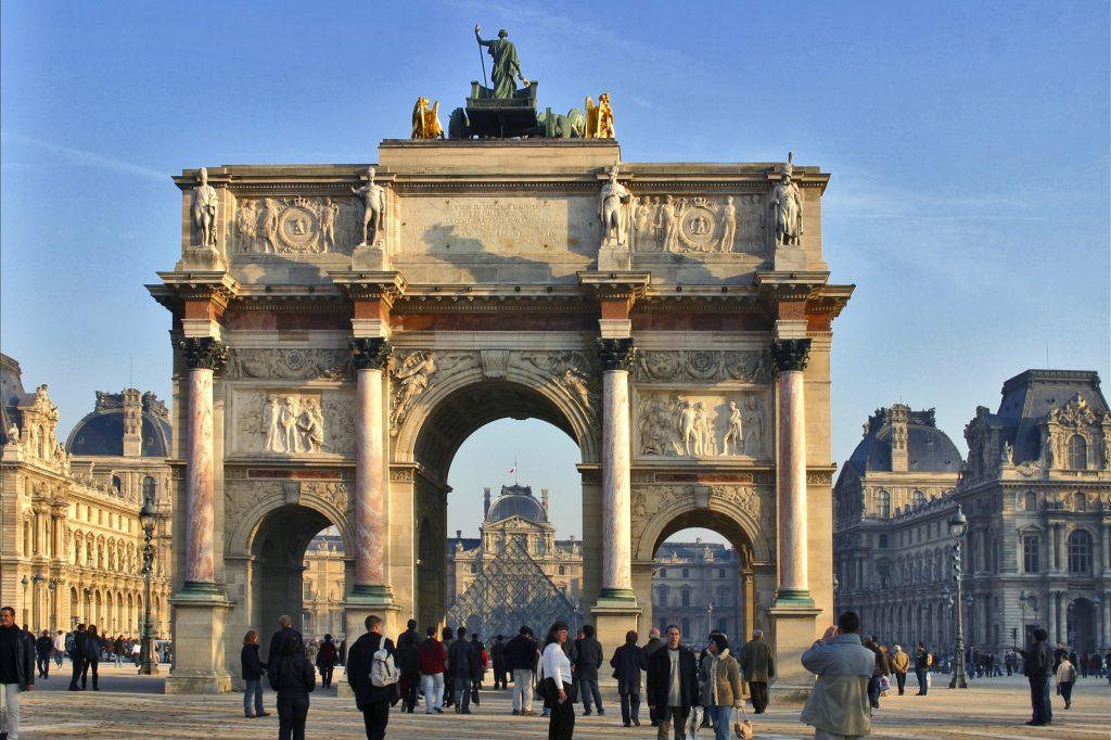 Place du Carrousel, em frente ao Louvre (Atout France/Michel Angot)